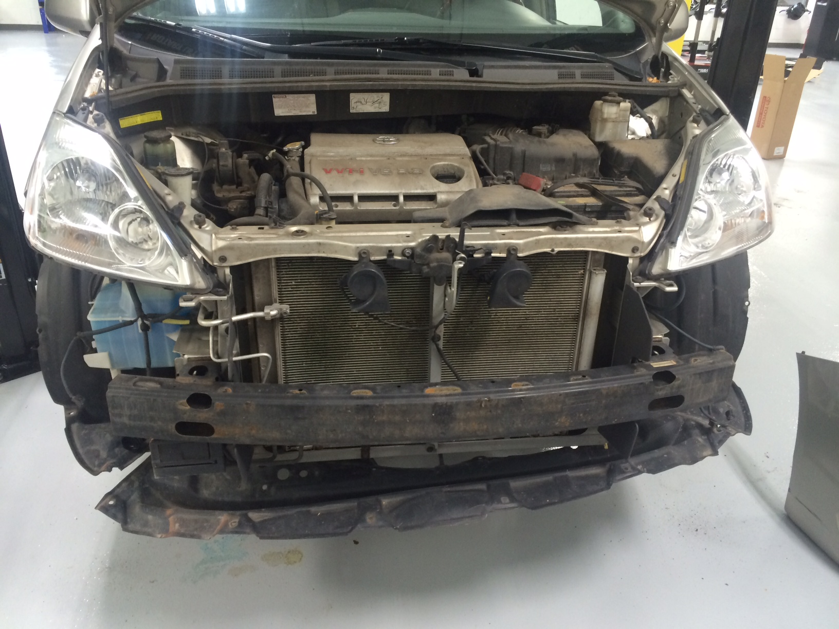 Toyota Sienna Repair Radiator Replacement