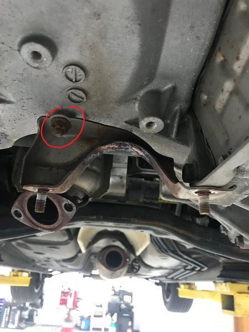 Exhaust hanger bracket