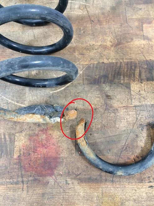 Sienna broken rear spring